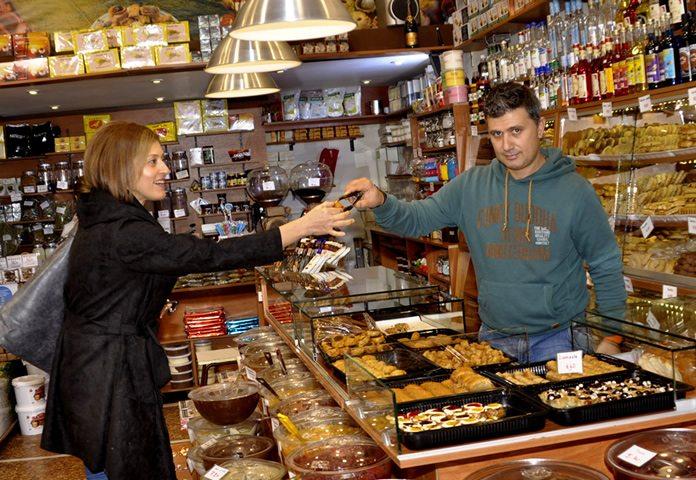Proeven in Griekse winkeltjes